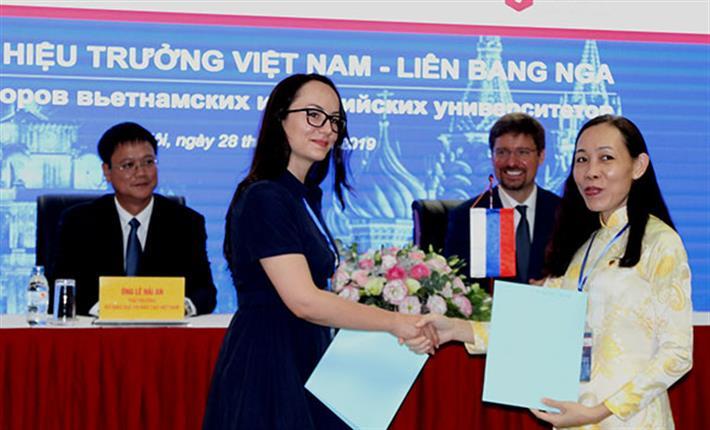 Thiết lập cơ chế để thúc đẩy hợp tác sâu rộng giáo dục Việt Nam- Liên bang Nga