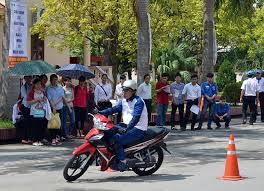 su kien 370 9102019 - Nâng cao ý thức chấp hành pháp luật về an toàn giao thông và kỹ năng lái xe mô tô an toàn cho sinh viên