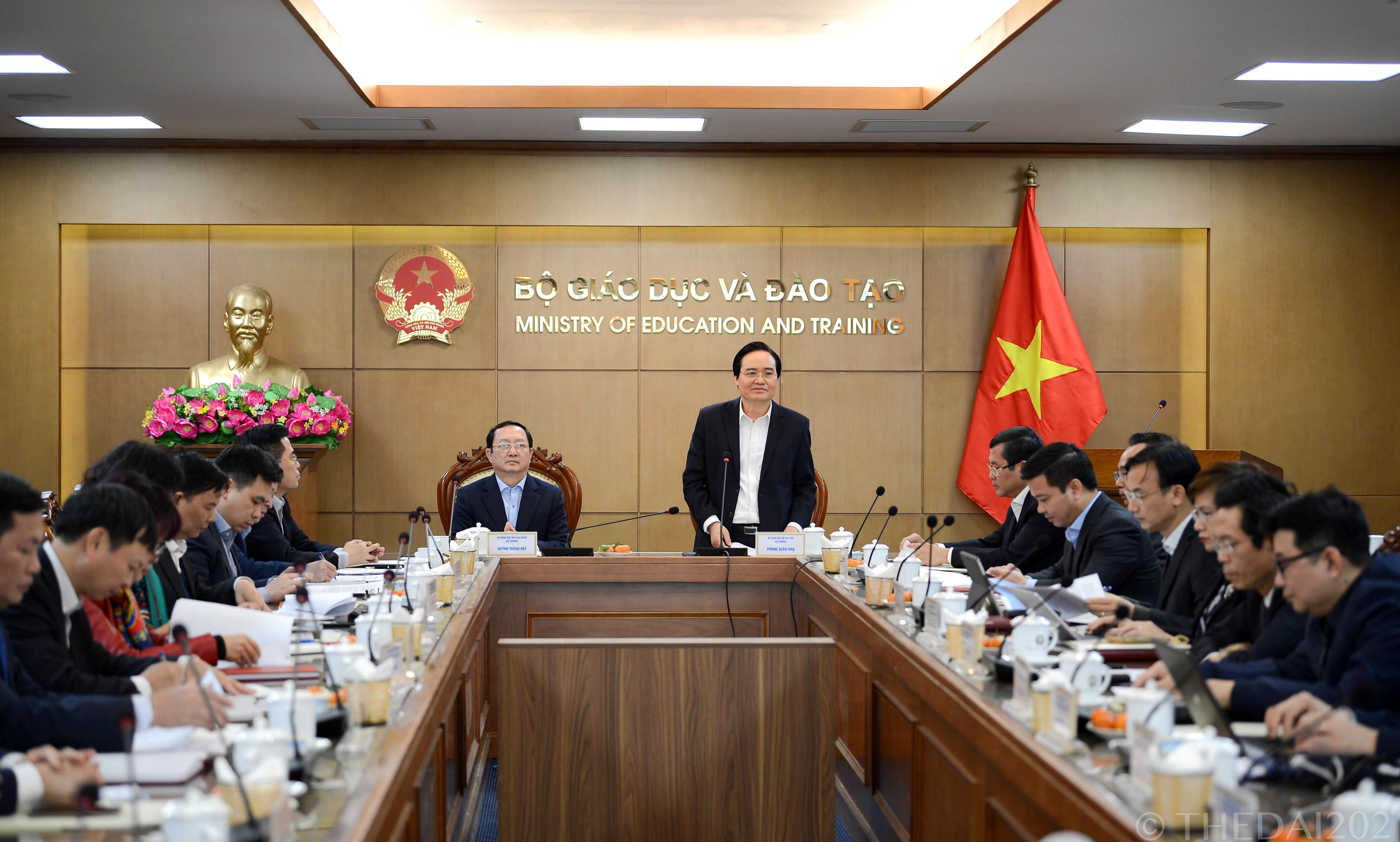Đẩy mạnh phối hợp công tác giữa Bộ GDĐT và Bộ KHCN