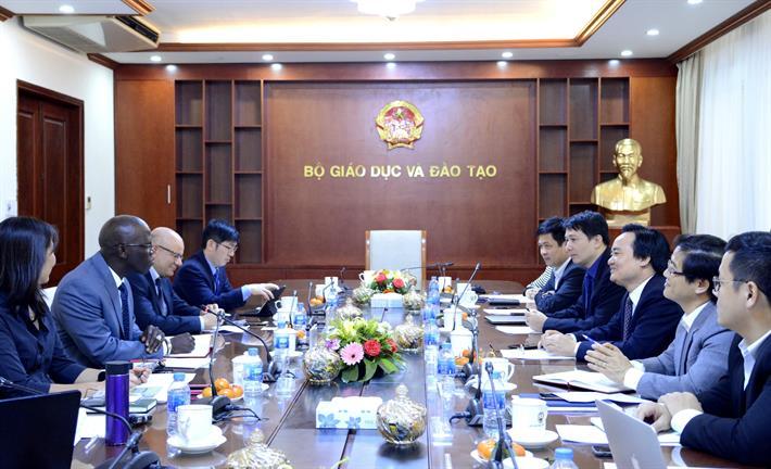 Bộ trưởng Phùng Xuân Nhạ làm việc với Giám đốc Ngân hàng thế giới tại Việt Nam